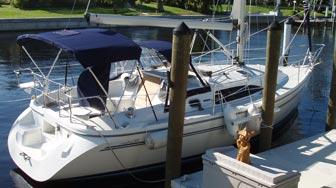 Catalina 309 at Dock
