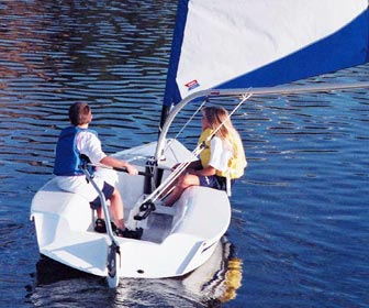 The Catalina Expo is perfect for children, as well as for beginning sailors