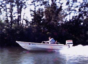 Zooming along in my old 15' Boston Whaler