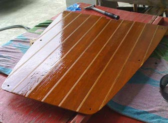 Once it had a final coat of varnish on top, the sandy strips of holly were a nice non-skid texture.