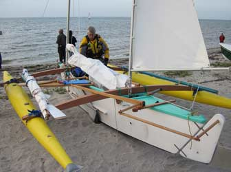 Trimaran with Inflatable Amas