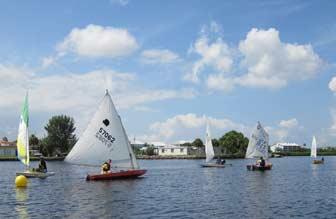 Light Breeze Sailing