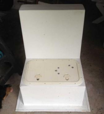 Console Seat Hatch